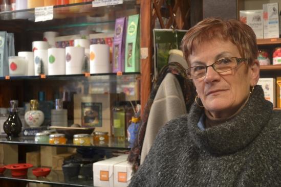 Monique est commerçante dans la rue piétonne depuis 26 ans.