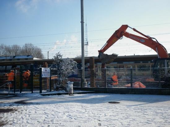 Les travaux incessants changent le paysage de la banlieue.