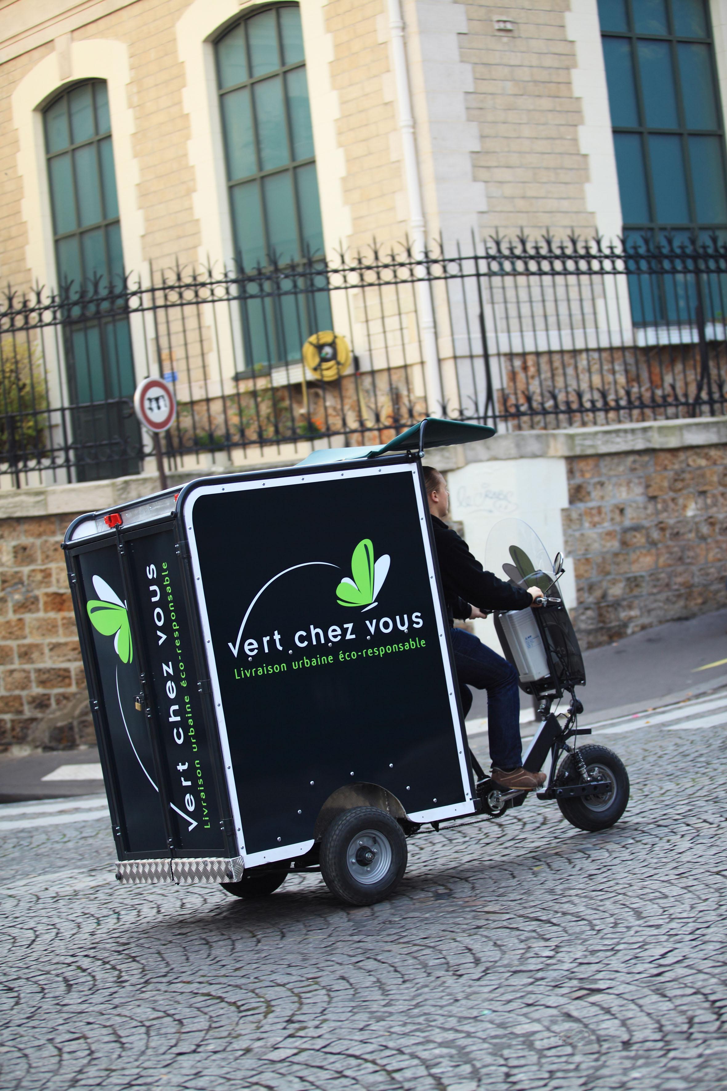 Gilles manuelle un v lo peut livrer plus qu une camionnette rer f - C chez vous livraison ...